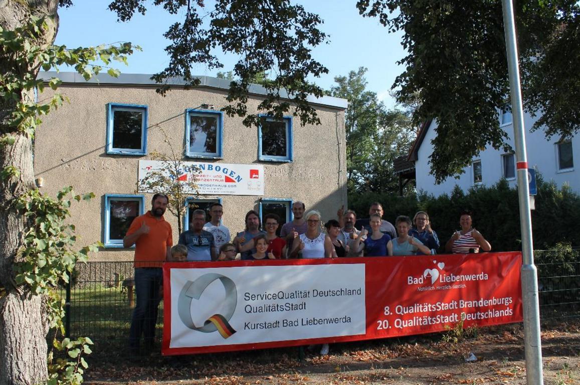 Ein weiteres Insektenhotel fürs Dichterviertel